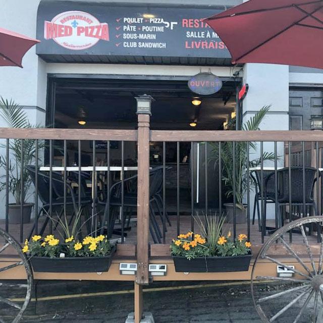 Restaurant Med Pizza